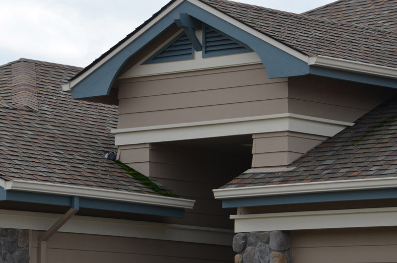 Seamless gutters on a Marin County Home
